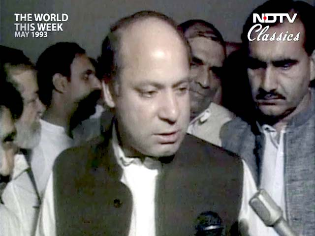 Video : The World This Week: Pak Supreme Court re-instates Nawaz Sharif as Prime Minister (Aired: May 1993)