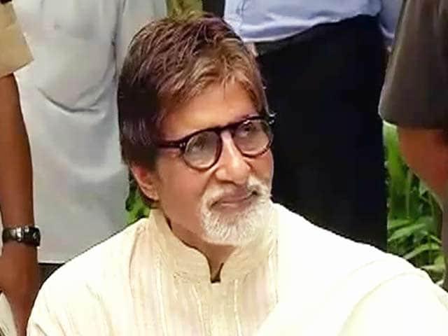 Videos : अमिताभ बच्चन ने किया फैन्स का शुक्रिया