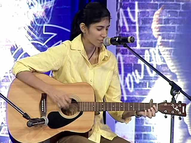 Video : Janvi Anand performs for My Vote Rocks