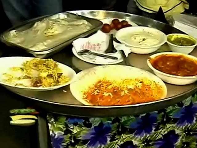 Simple Bakra Eid Al-Fitr Food - big_294528_1382172394  Image_17536 .jpg