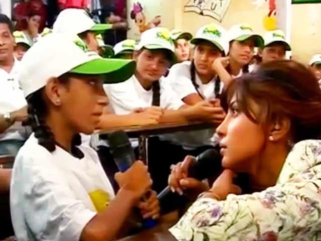 Videos : प्रियंका ने बच्चों संग मनाया 'इंटरनेशनल गर्ल चाइल्ड डे'