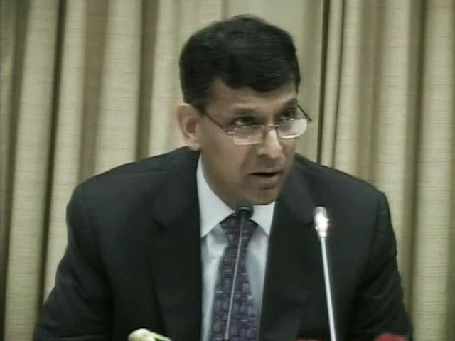 Video : RBI hikes repo rate by 0.25%, home loan EMIs set to rise