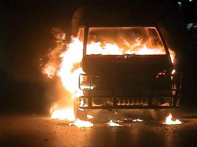 Video : महबूबनगर में बस में आग, 44 की मौत