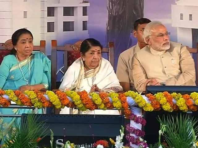Video : Lata roots for Modi as PM; she is entitled to her view, says Congress