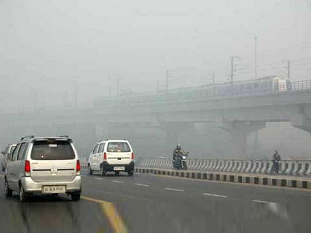Video : धुंध की चपेट में दिल्ली