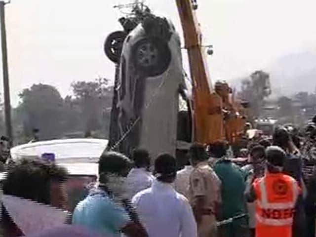 Video : Three missing ad execs found strapped into car in river near Pune