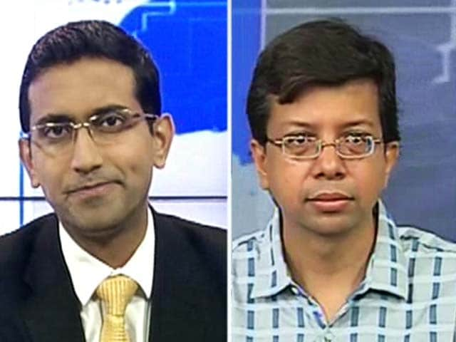 Video : Rupee may fall to 74-78 per dollar in 6 months: Sharekhan