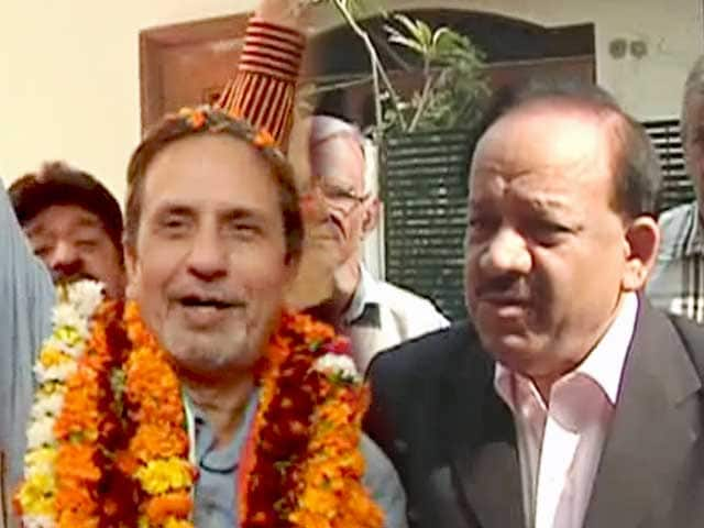 Videos : बीजेपी के डाक्टर के खिलाफ कांग्रेस के डाक्टर