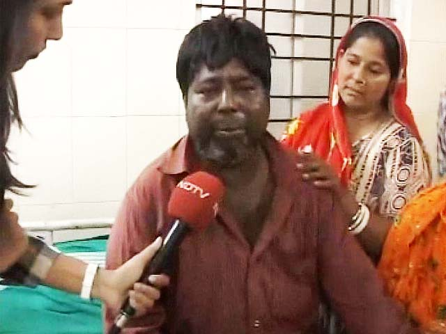 Video : I jumped from bus window, others were burning: a survivor's account