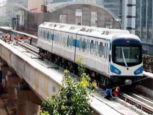 Video : गुड़गांव में रैपिड मेट्रो शुरू