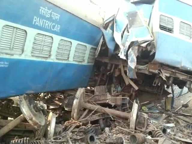 Video : Two dead, 15 injured as train derails near Nashik in Maharashtra