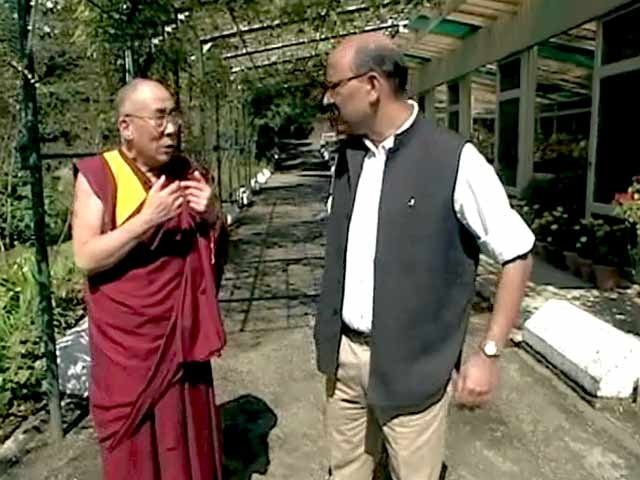 Video : Walk The Talk with Dalai Lama (Aired: October 2005)