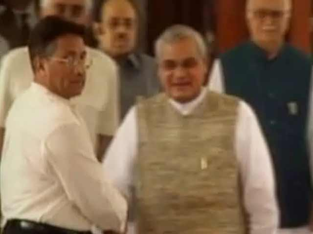 Video : 2001: In Agra, so close yet so far
