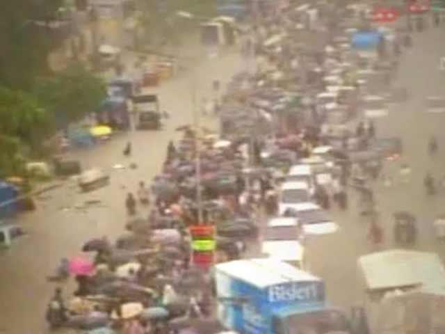Video : 2005: Mumbai roko