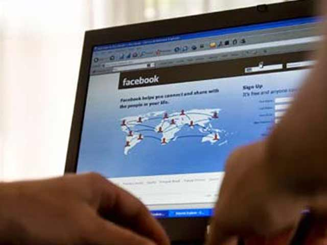 Video : Allegedly stalked on Facebook by friend, 14-year-old commits suicide