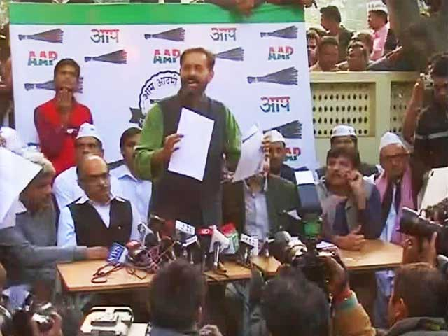 Video : Kejriwal's party says sting CD doctored, writes to poll panel