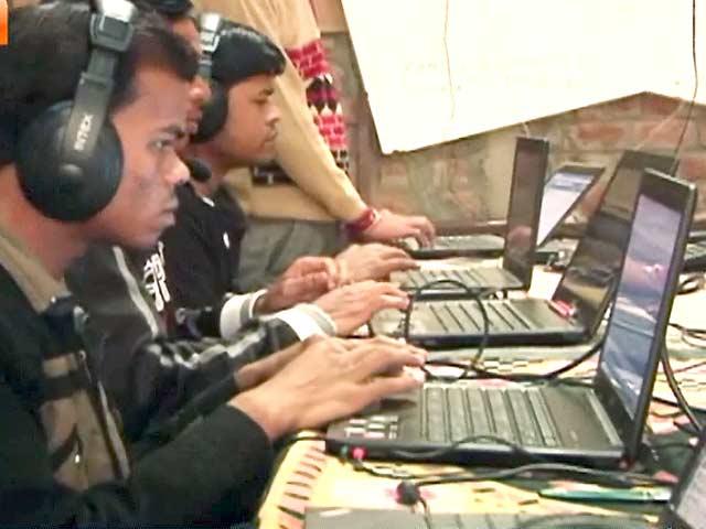 Videos : गरीब आदमी का सोशल नेटवर्क