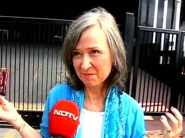 Video : मुंबई हमला : अपनों की याद में आई अमेरिकी महिला