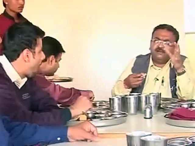 Videos : इलेक्शन एक्सप्रेस : आखिरी दौर में मोदी बनाम राहुल