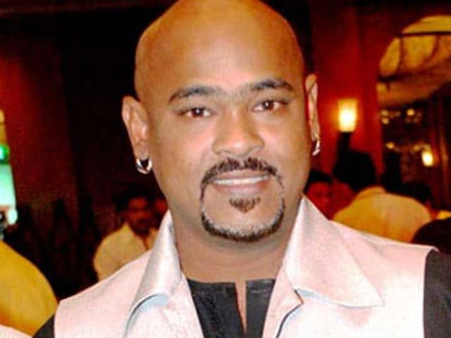 Video : Vinod Kambli suffers heart attack while driving