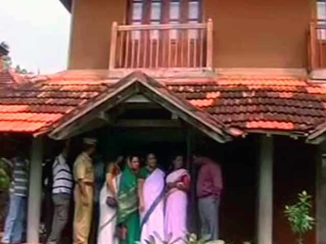 Video : Gang-rape at Kerala resort: two suspects arrested, allegedly with nail marks