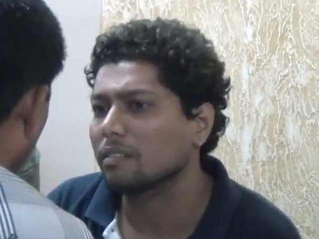 Videos : मुंबई : पत्नी की हत्या के बाद शव के टुकड़े कर फ्रिज में रखे