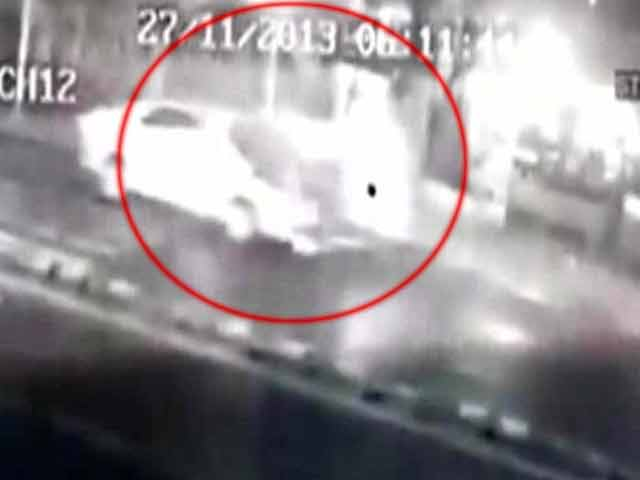 Video : Mumbai: 2 die in as many accidents in a fortnight on posh Peddar Road
