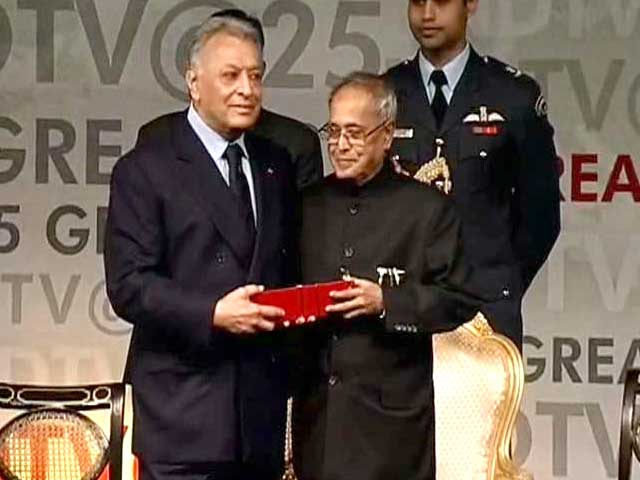 Video : Zubin Mehta, the Maestro, is honoured by the President of India