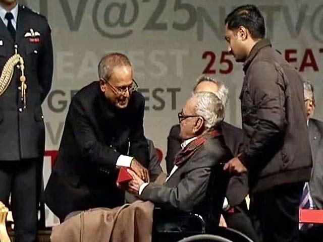 Video : सम्मानित किए गए एसएच रजा
