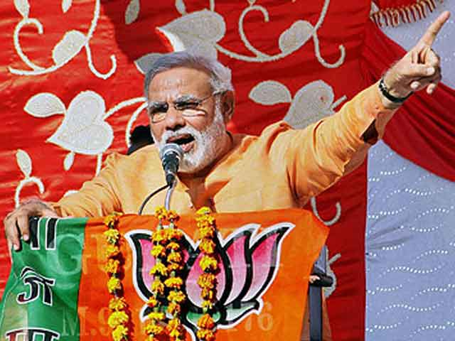 Video : Narendra Modi will not face charges in 2002 riots, tweets <i>satyamev jayate</i>