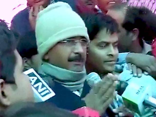 Videos : केजरीवाल ने समस्याएं सुलझाने के लिए वक्त मांगा