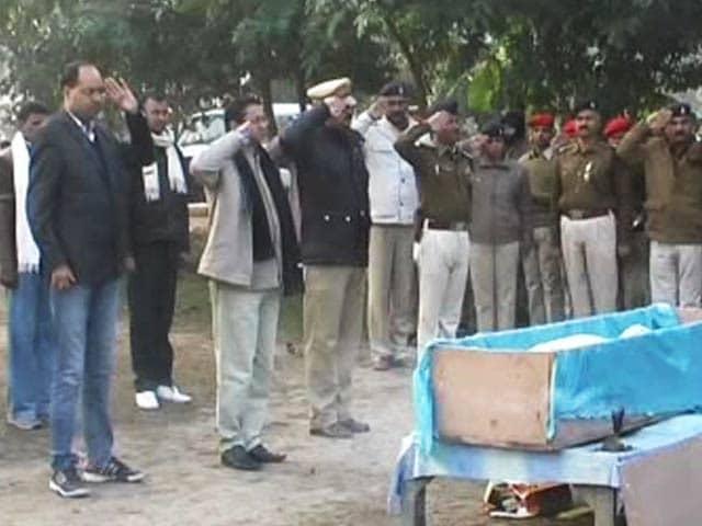 Video : Bihar cop shot dead inside police station