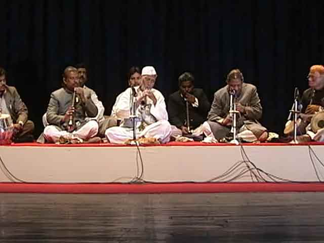 Video : Limelight: Sangeet Natak Akademi celebrates golden jubilee (Aired: February 2003)