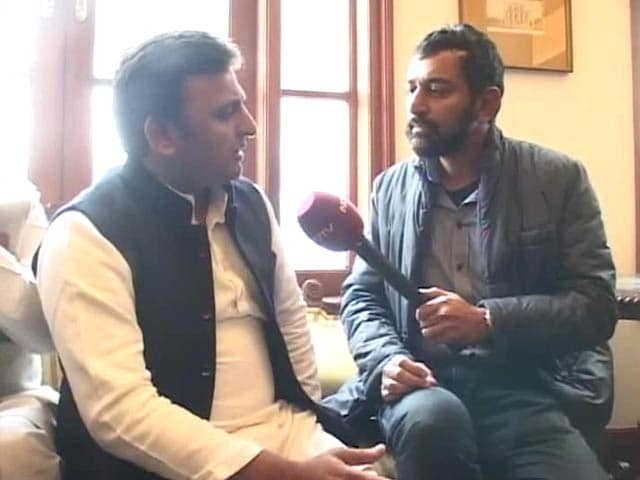Video : Seeking opinion on cases against riot-accused Muslim leaders doesn't mean we will withdraw them: Akhilesh