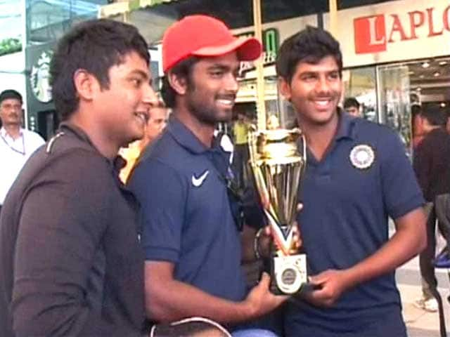 Video : India's Under-19 cricket heroes return home