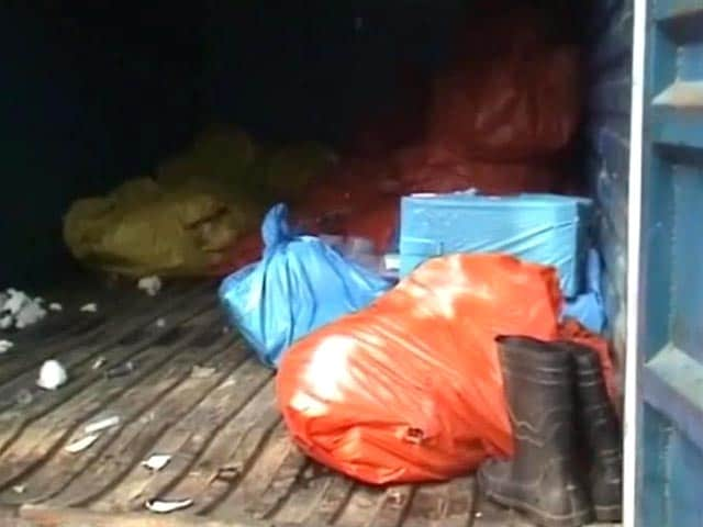 Video : Body of newborn found dumped in garbage outside Delhi hospital
