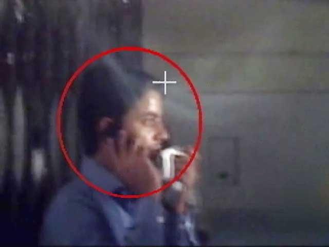 Videos : दिल्ली के अस्पतालों में खून का खेल