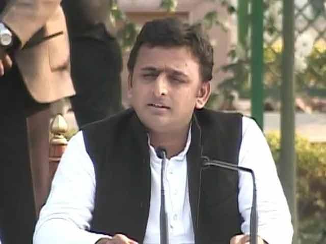 Video : Akhilesh Yadav on Saifai festival controversy