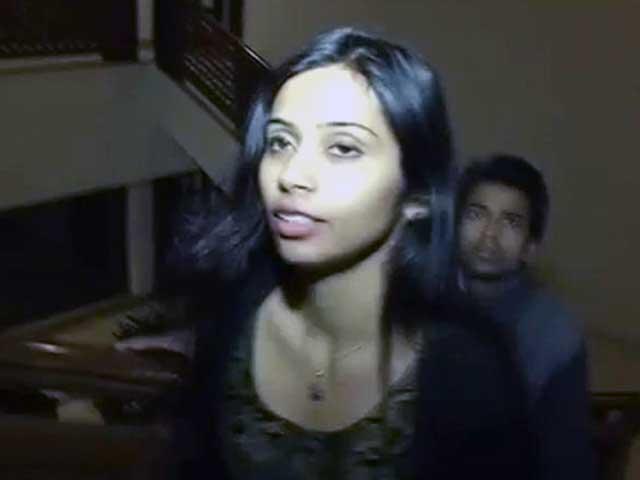 Videos : देवयानी मामला : भारत ने की जवाबी कार्रवाई