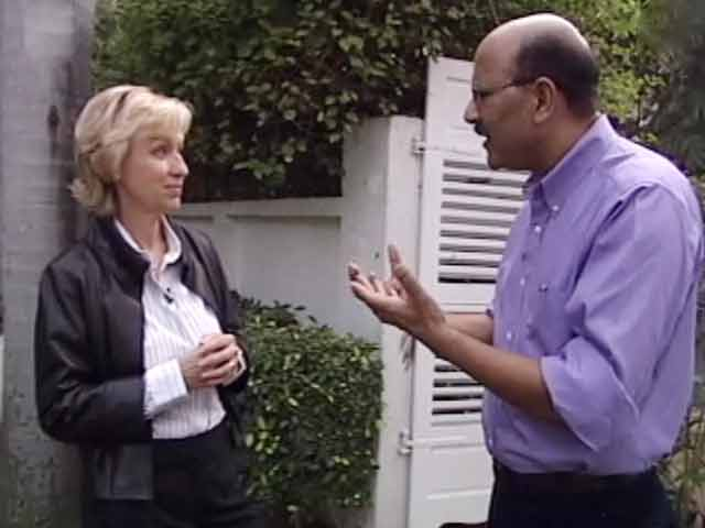 Video : Walk The Talk with author Tina Brown (Aired: November 2007)