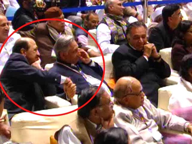 Video : On a day when he was slammed, Mani Shankar Aiyer gets shout-out from Rahul Gandhi