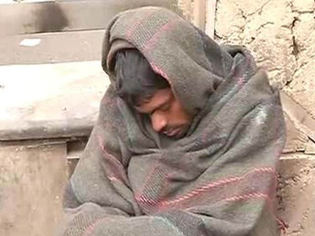 Video : Delhi: Cold wave kills six people in 24 hours, AAP government on the backfoot