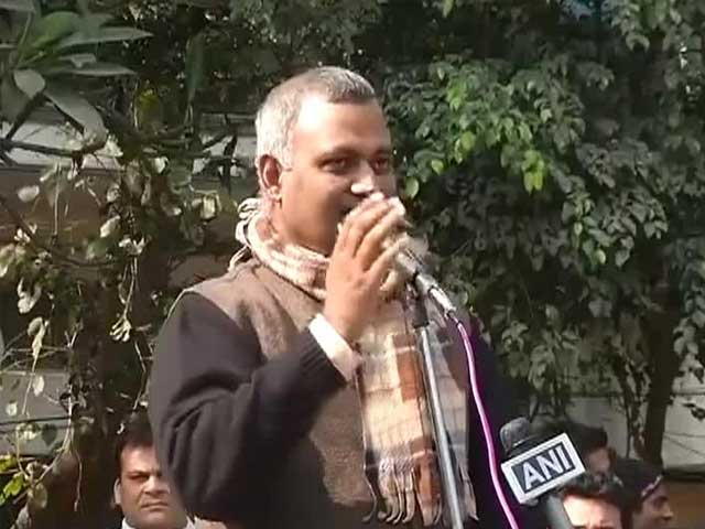 Video : 'Want to spit on faces of Jaitley, Salve': controversial comments by AAP