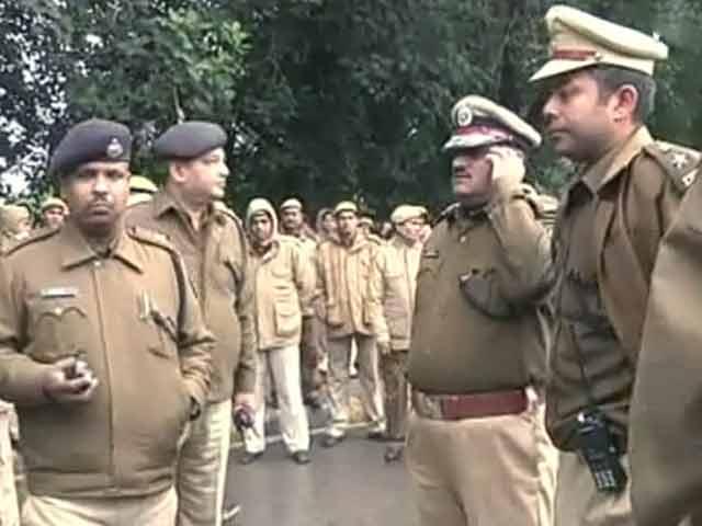 Video : खबरों की खबर :  दिल्ली पुलिस पर फैसला संसद में