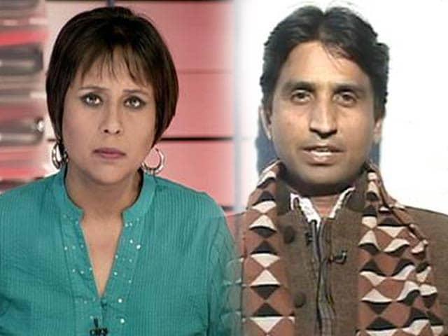 Video : Kumar Vishwas's jokes: poetic licence or prejudice?