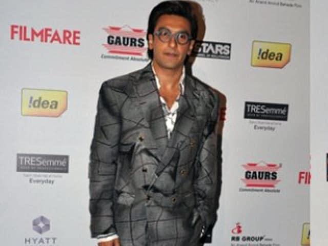 Video : Ranveer Singh's fashion faux pas