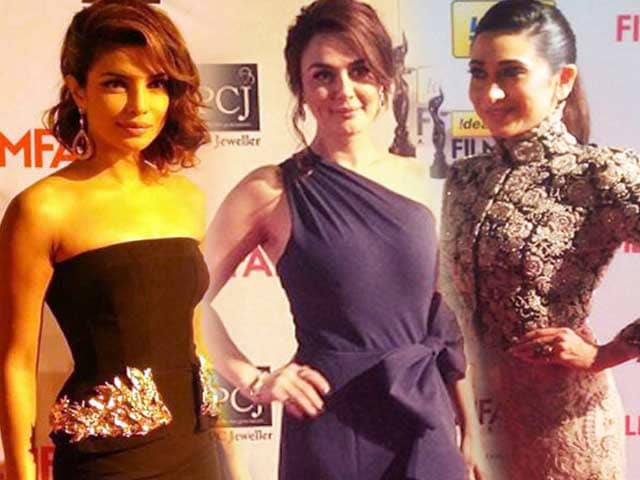 Video : A-list red carpet at Filmfare Awards 2014