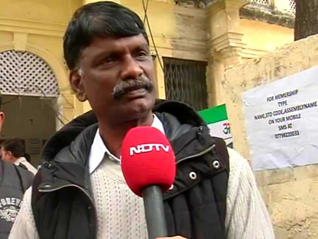 Video : Why Esther Anuhya's father met AAP leaders