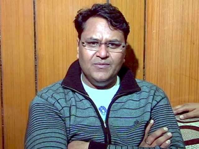 Video : Arvind Kejriwal's AAP expels rebel legislator Vinod Binny
