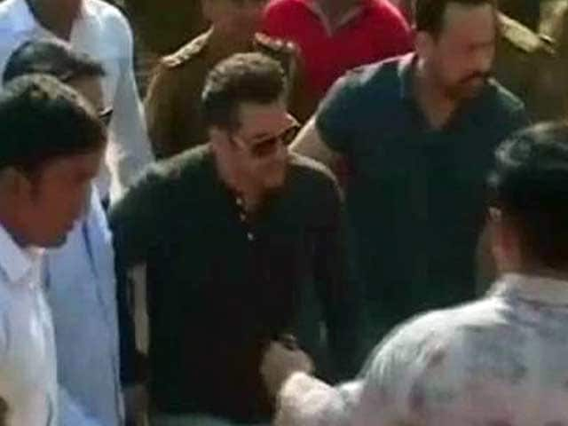 Video : Actor Salman Khan in Jodhpur to record statement in poaching case